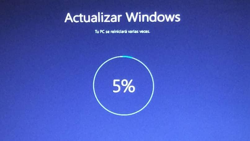 5 por cento carregando atualização do Windows 10