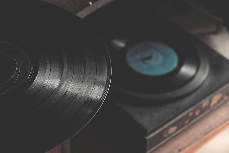 reprodutor de música antigo