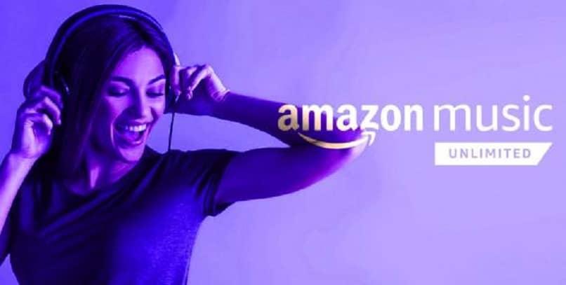garota curtindo música com fones de ouvido do serviço de música amazon ultimed