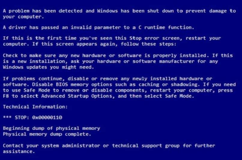 tela azul com letras de erro do windows