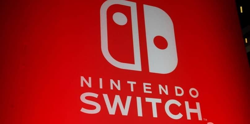 logotipo da nintendo switch branco e vermelho
