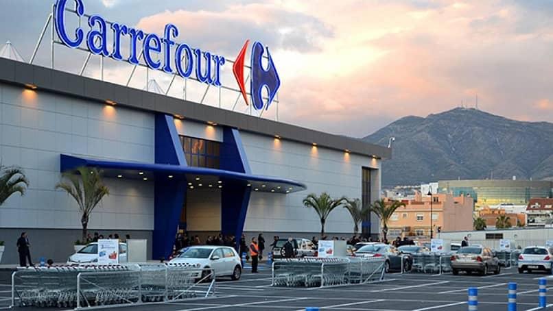 É uma das sedes do Carrefour