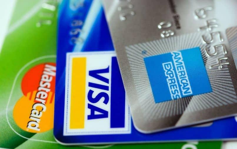 Cartão de crédito American Express cancelado