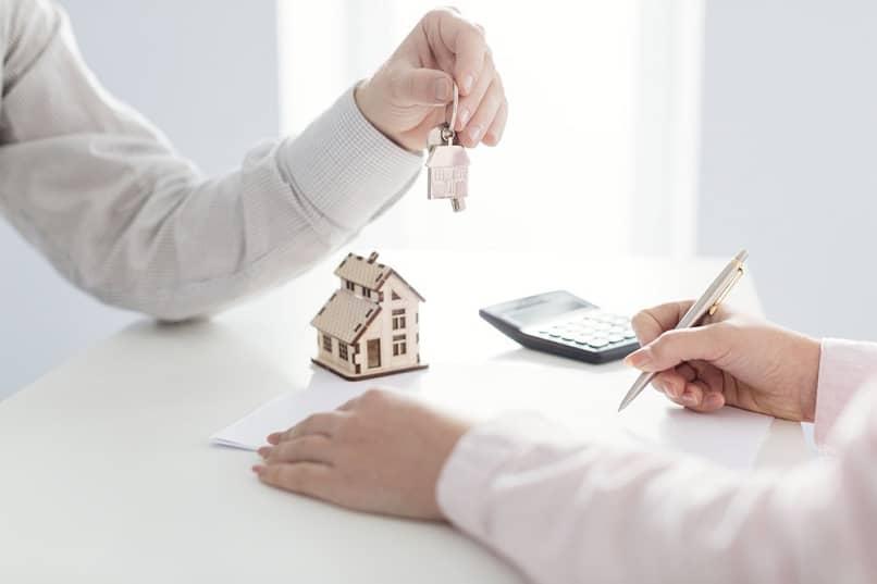 gerente de propriedade vender propriedade entregar chaves assinar contrato